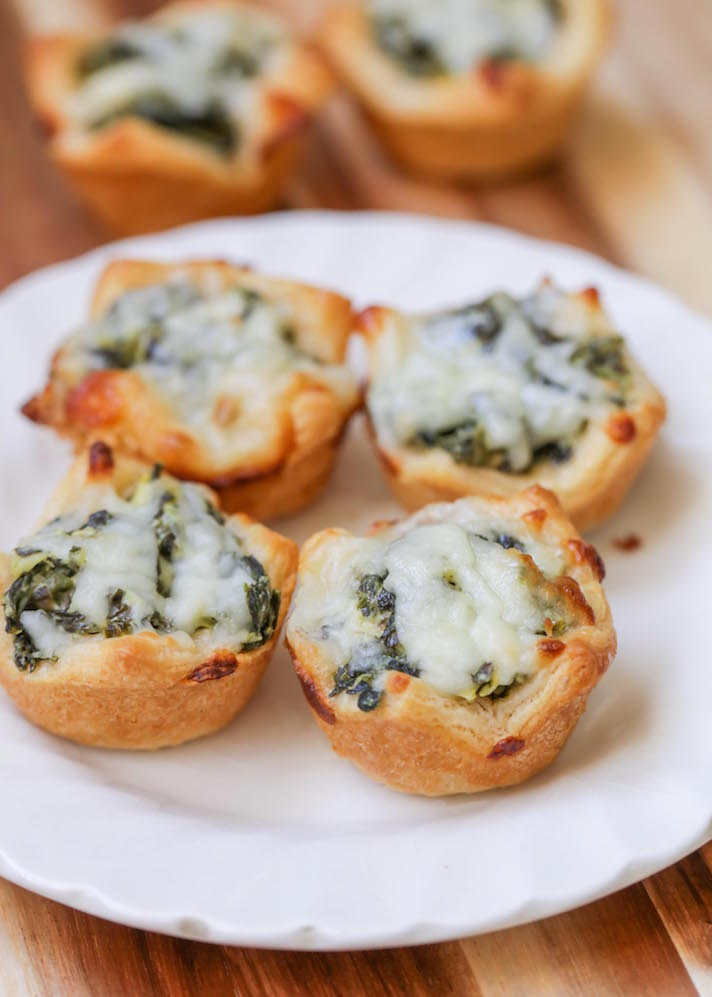 15 Easy, Elegant Appetizer Ideas for Your Oscars Viewing Party: Spinach Dip Bites