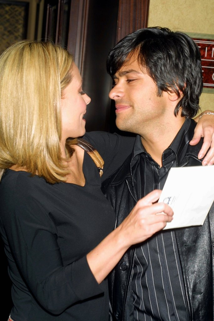Kelly Ripa and Mark Consuelos at the Manhattan nightclub debut of Susan Lucci and the opening of the fall season at Feinstein's At The Regency in New York City on October 2, 2001.Manhattan, New YorkPhoto® Matt Baron/BEI'The Late Show with David Letterman' TV show, New York, USA - 11 Oct 2001beimb100201_039