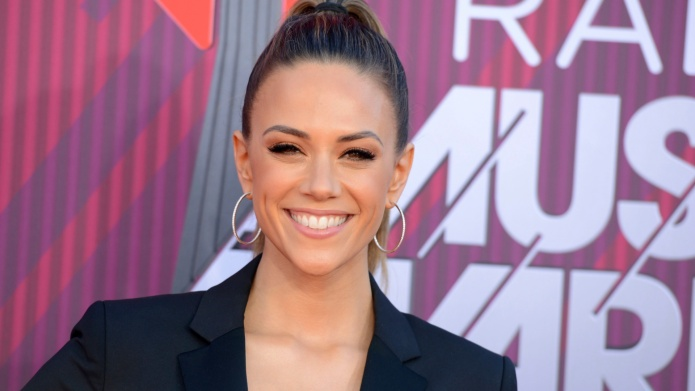 Jana Kramer iHeart Music Awards 2019