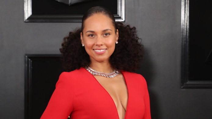 Alicia Keys arrives at the 61st