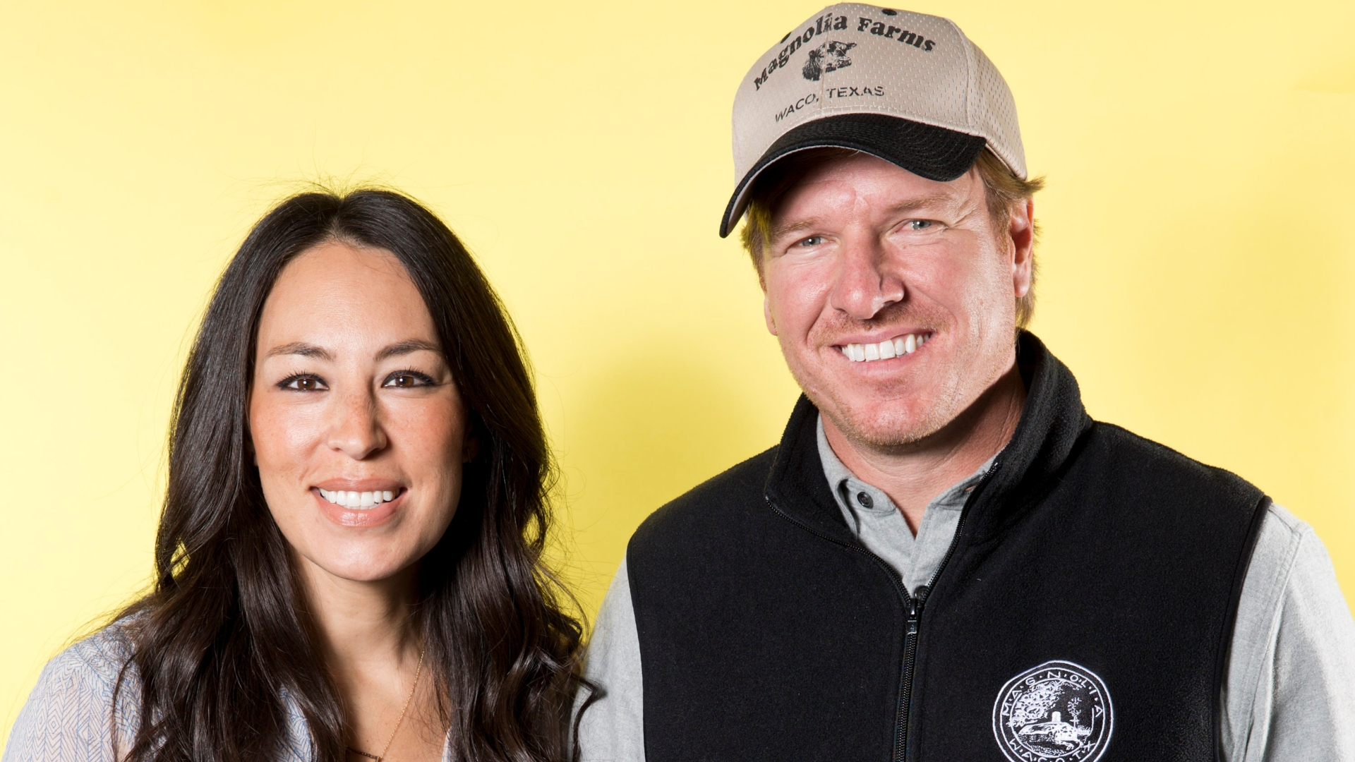 Chip Gaines Shares a Sweet Wedding Day Photo With Joanna On Their 17th Anniversary