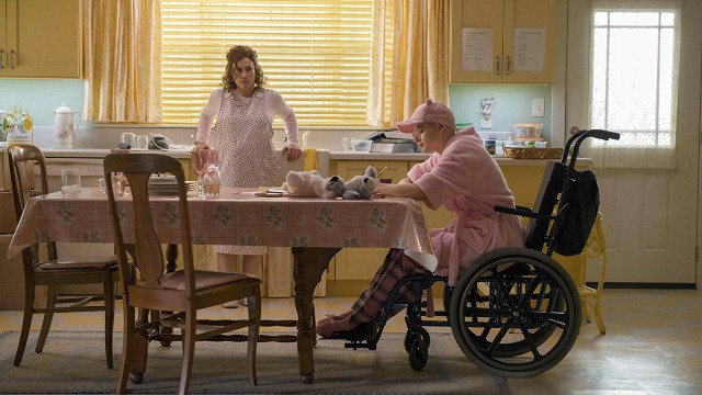 Still from 'The Act' with Patricia Arquette and Joey King