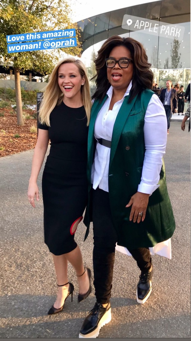 Witherspoon and Oprah at Apple Event in California in March 2019
