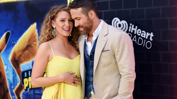 Blake Lively Ryan Reynolds Reveal Third Pregnancy