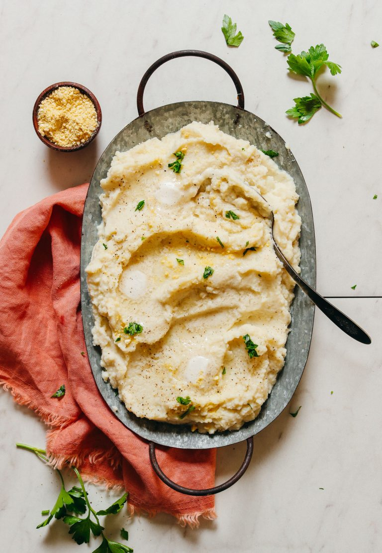 cauliflower mash with garlic