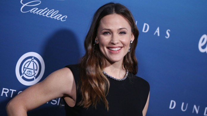 Jennifer Garner attends the Art of