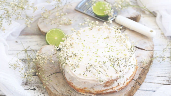 homemade cake with flowers and lime.;