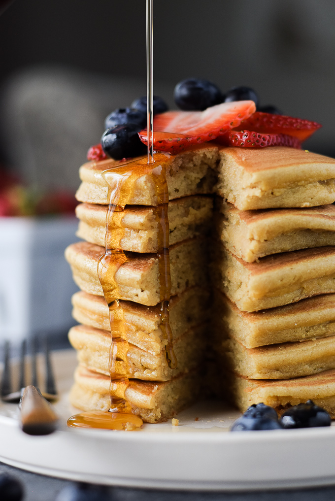 Paleo Recipes: Paleo Cassava Flour Pancakes