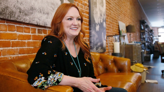 Ree Drummond's New Sauce & Dressing Line Will Make Your Meals Explode With Flavor