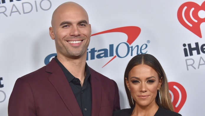 "Jana Kramer Won't Hire a ""Hot"""