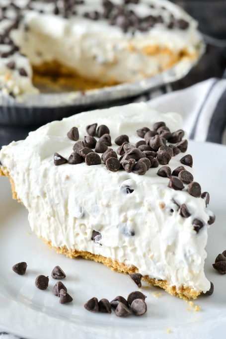 No bake cannoli cream pie.
