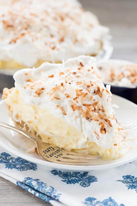 No bake easy coconut cream pie.