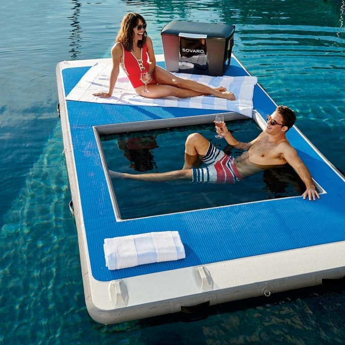 Best hammock for pool families.
