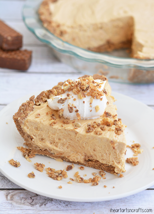 No bake peanut butter nutty bar pie.