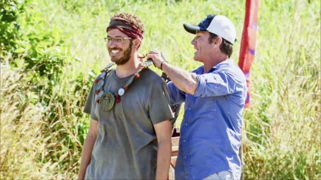 Rick Devens wins Immunity on Survivor: Edge of Extinction