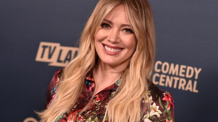 Hilary Duff Mom-Shamed for Breastfeeding Daughter