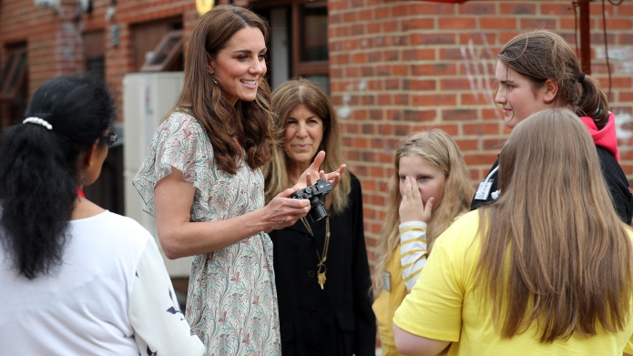 Queen Elizabeth Passed Down to Kate Middleton a Gift She's Kept for Almost 70 Years