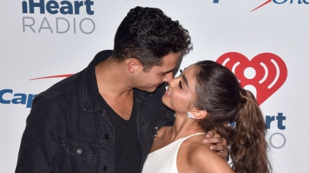 Watch Sarah Hyland & Wells Adams's
