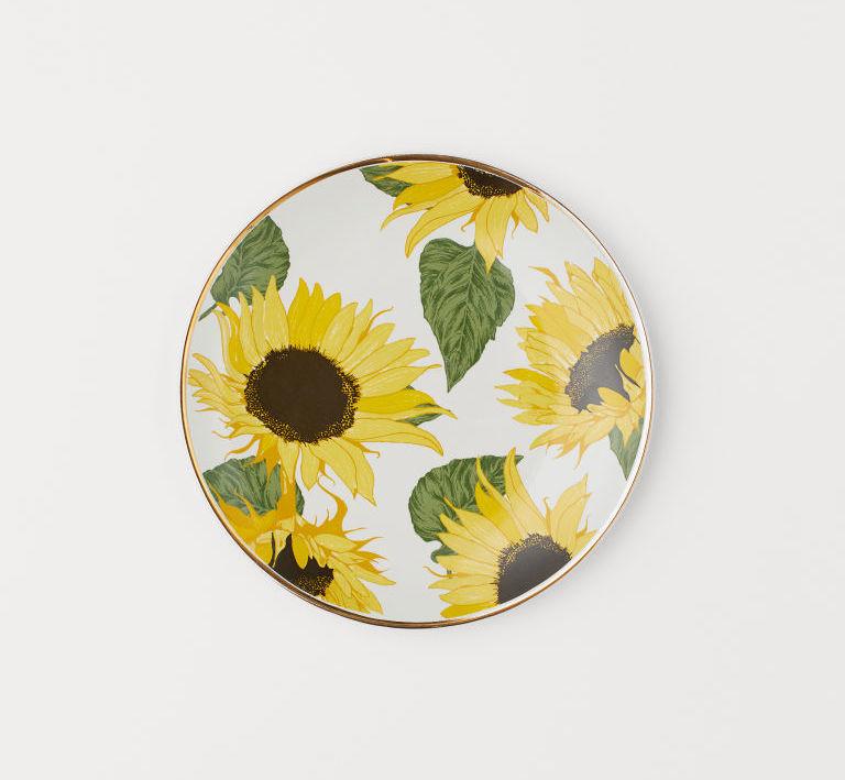 h&m sunflower plates
