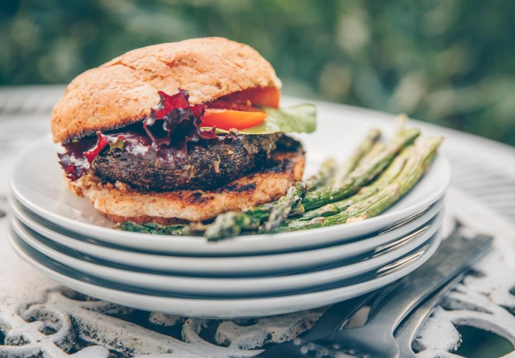 Vegan Barbecue Recipes: Vegan Pesto Portobello Burgers