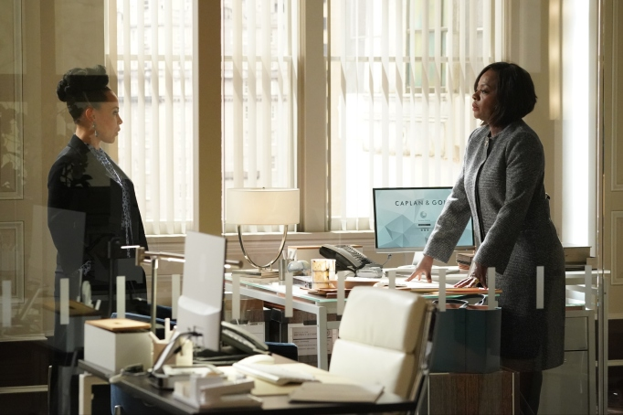 """HOW TO GET AWAY WITH MURDER - """"Vivian's Here"""" - As Michaela, Asher and Connor gear up for their last semester of law school, they take on a weighty case involving an illegal immigrant who wants asylum. Meanwhile, Michaela boycotts going to class after a blowup with Annalise about her father. Elsewhere, in an unexpected confrontation, Annalise learns a shocking truth that makes her question everything she thought she knew on """"How to Get Away with Murder"""" THURSDAY, OCT. 3 (10:01-11:00 p.m. EDT), on ABC. (ABC/Richard Cartwright)AMIRAH VANN, VIOLA DAVIS"""