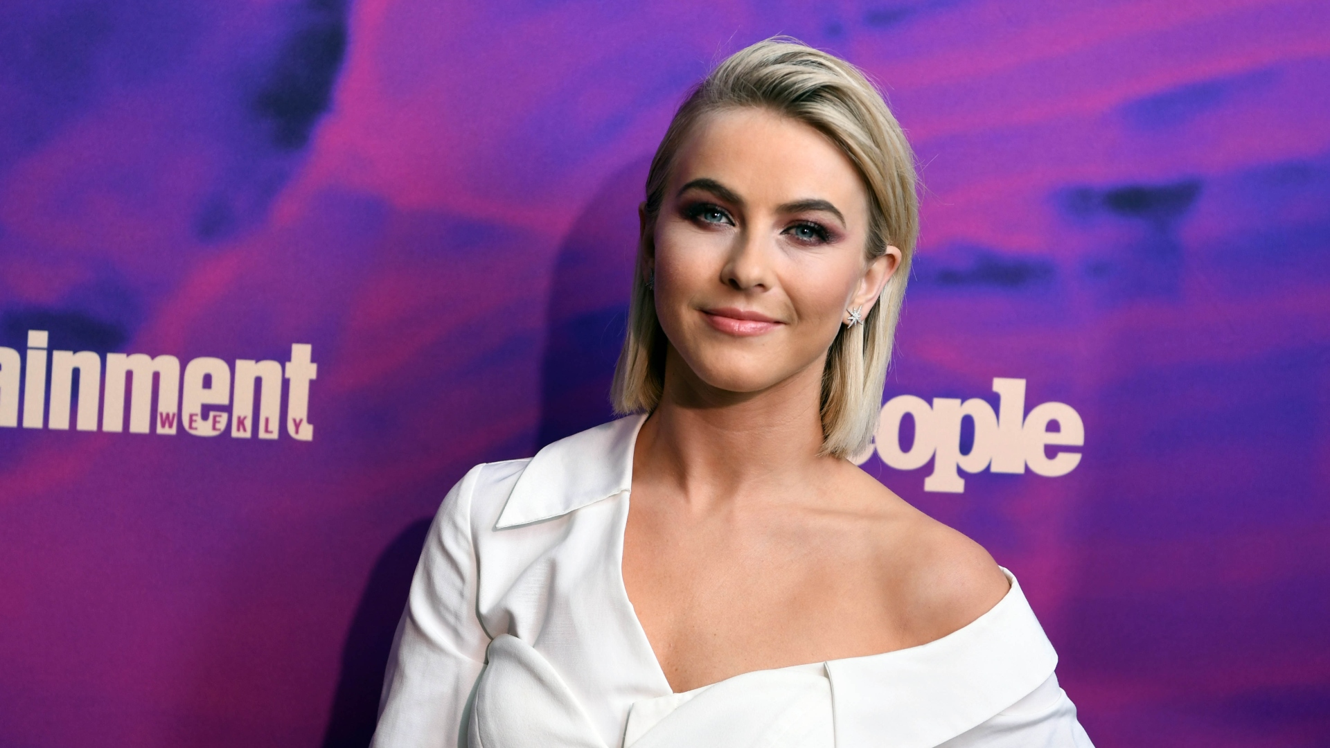 Julianne Hough's 'Not Straight' Comment Takes A Stand