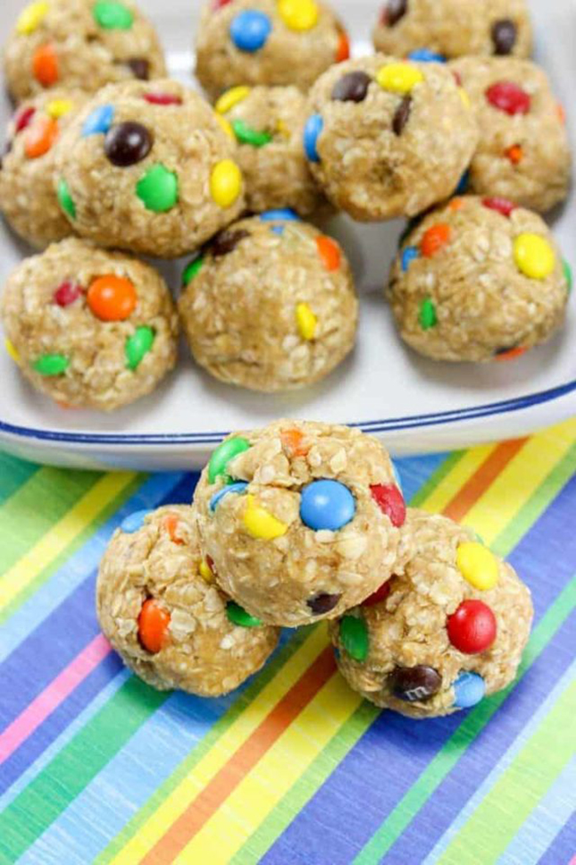 No-Bake Monster Cookie Oatmeal Energy Balls