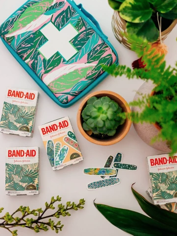 10 Things Every Mom Needs in Her Bag Right Now: Band-Aid Jungalow Build Your Own First Aid Kit