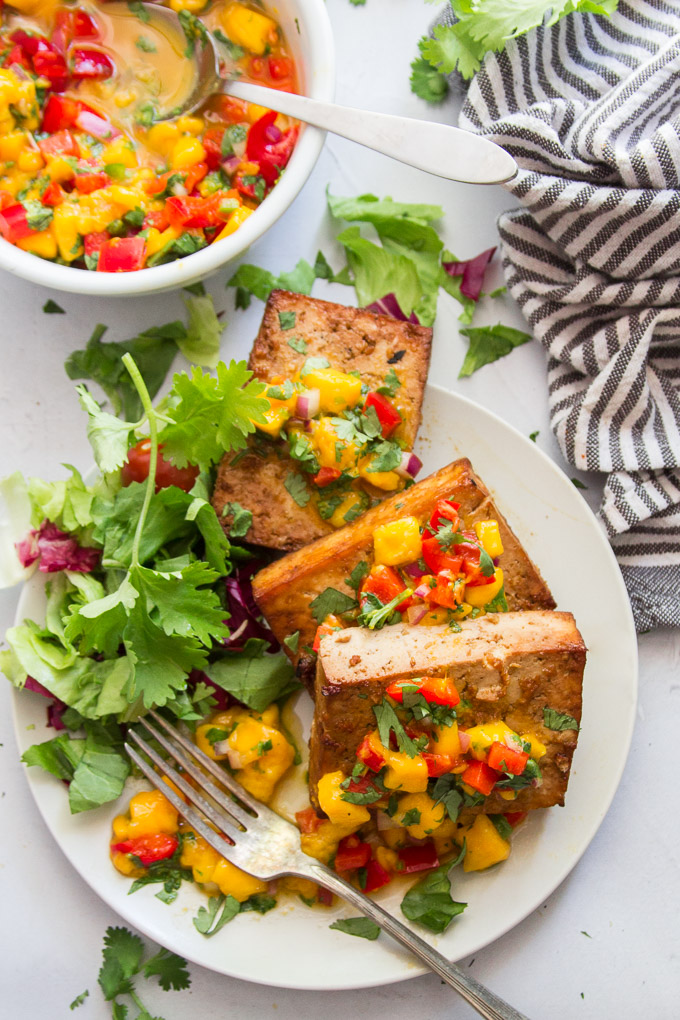 Summer Meatless Monday Recipes: Grilled Tofu With Mango Salsa