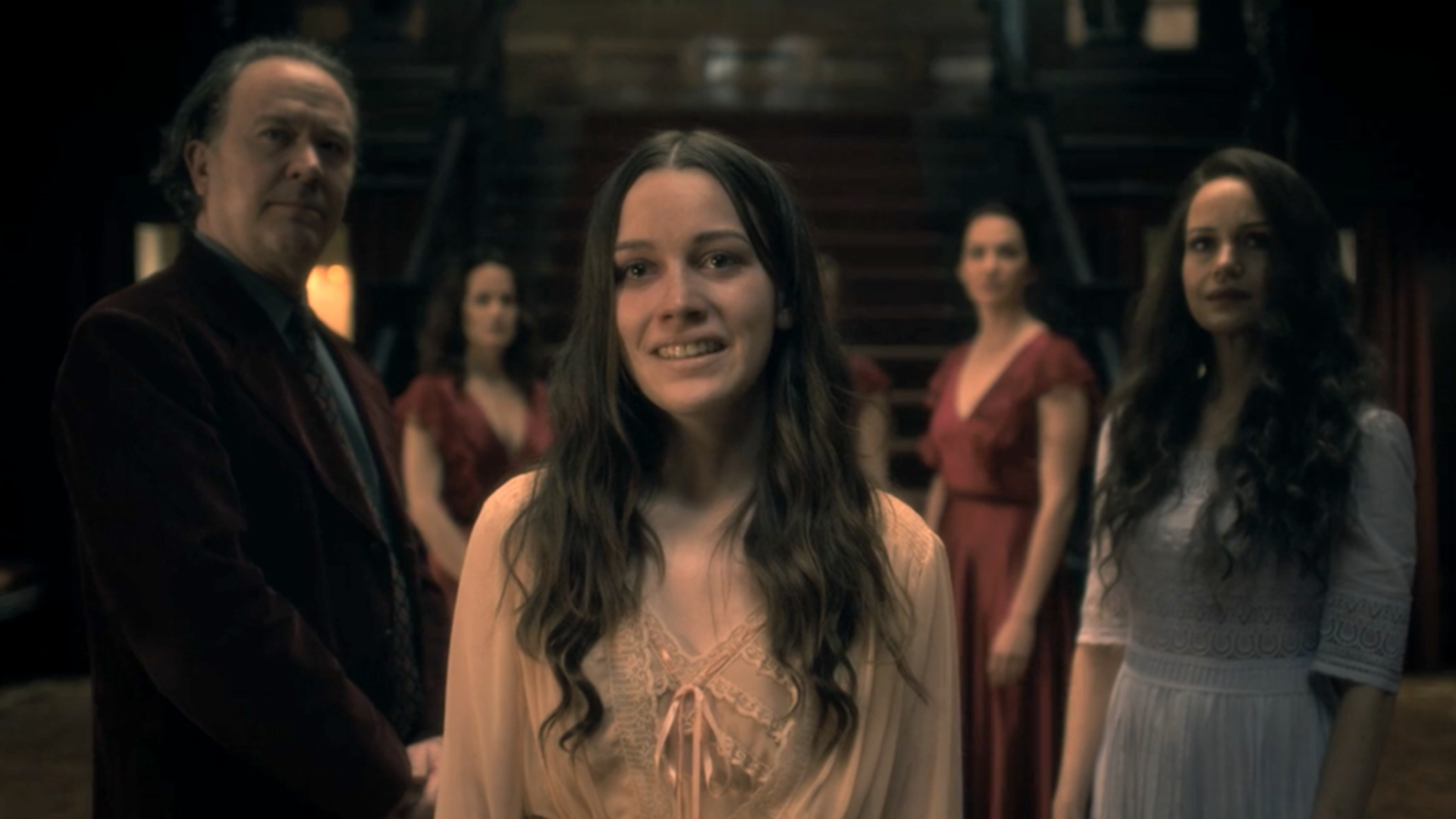 The Haunting Of Hill House Season 2 Cast To Include Original Stars Sheknows