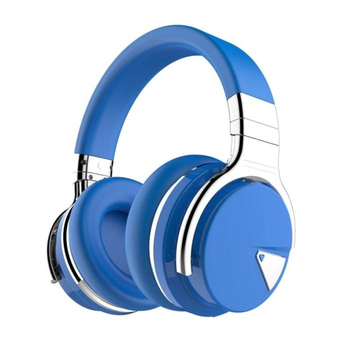 Cowin E7 Noise-Cancelling Headphones.