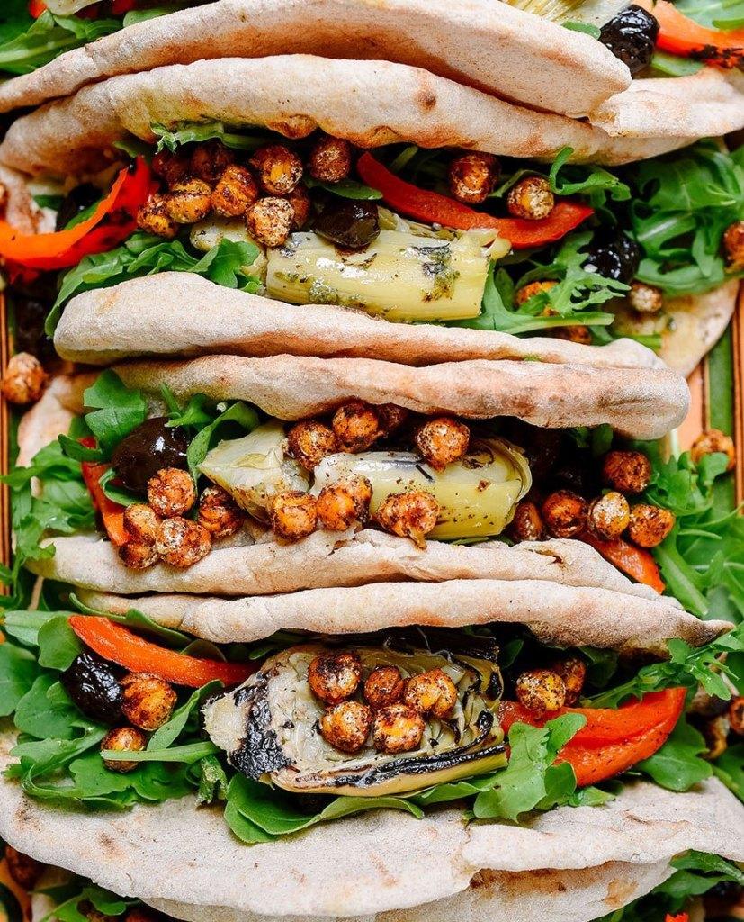 Summer Meatless Monday Recipes: Vegan Mediterranean Flatbread