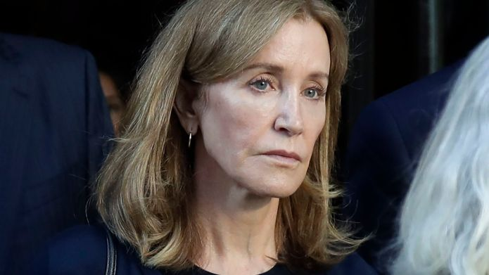 Actress Felicity Huffman leaves federal court