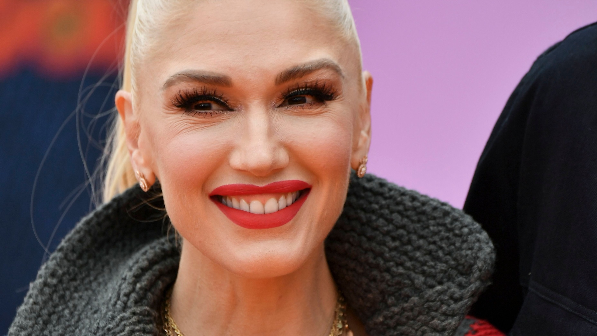Gwen Stefani Looked Nearly Unrecognizable at the 2016 ...