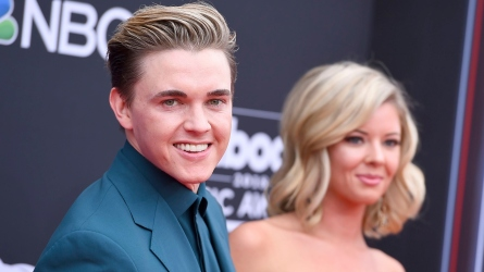 Jesse McCartney and Katie Peterson.
