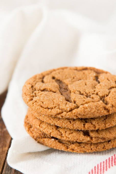 Old Fashioned Molasses Crinkle Cookies