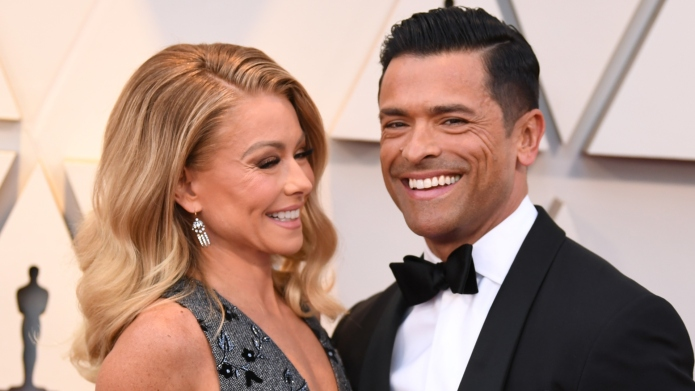 Kelly Ripa Can't Stop Calling Mark