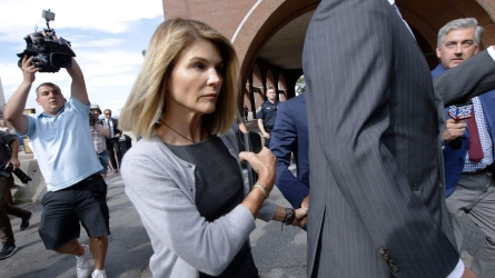 Lori Loughlin leaving federal court in