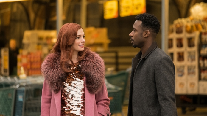 Anne Hathaway and Gary Carr in