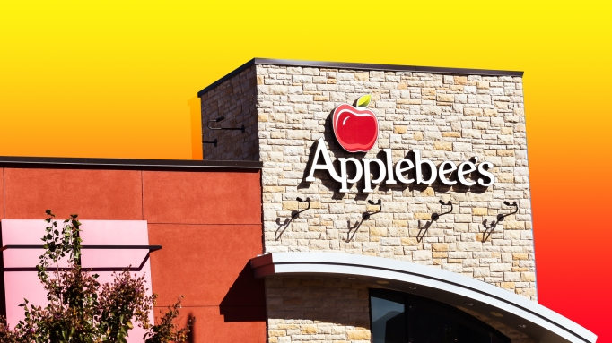 Everywhere Your Kid Can Get Free Stuff on Their Birthday: Applebee's