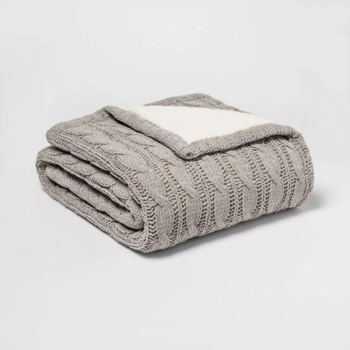 Solid Cable Knit Chenille with Sherpa Reverse Throw Blanket