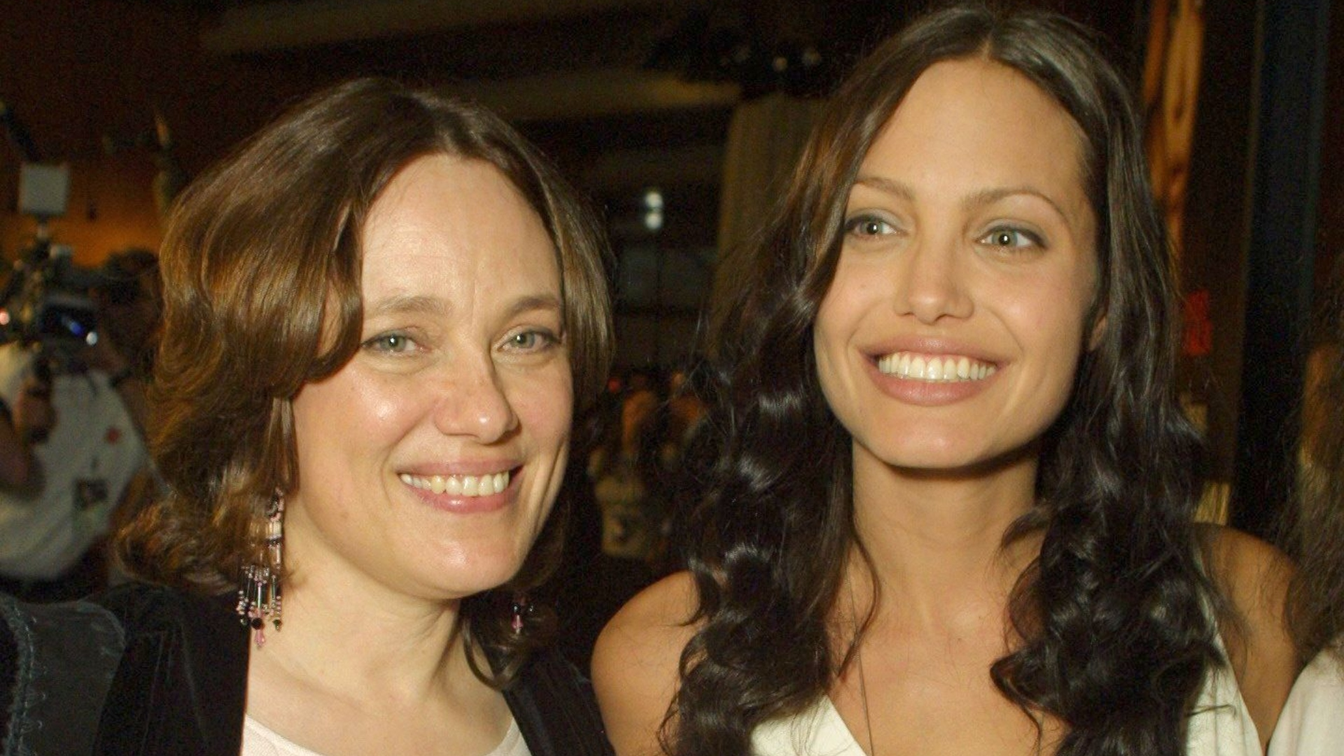 Angelina Jolie Video Hard angelina jolie emotionally reflects on losing her mom to