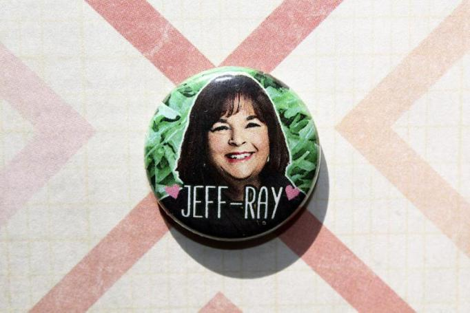 Ina Garten 'Jeff-ray' magnet ThereWillBeButtons/Etsy
