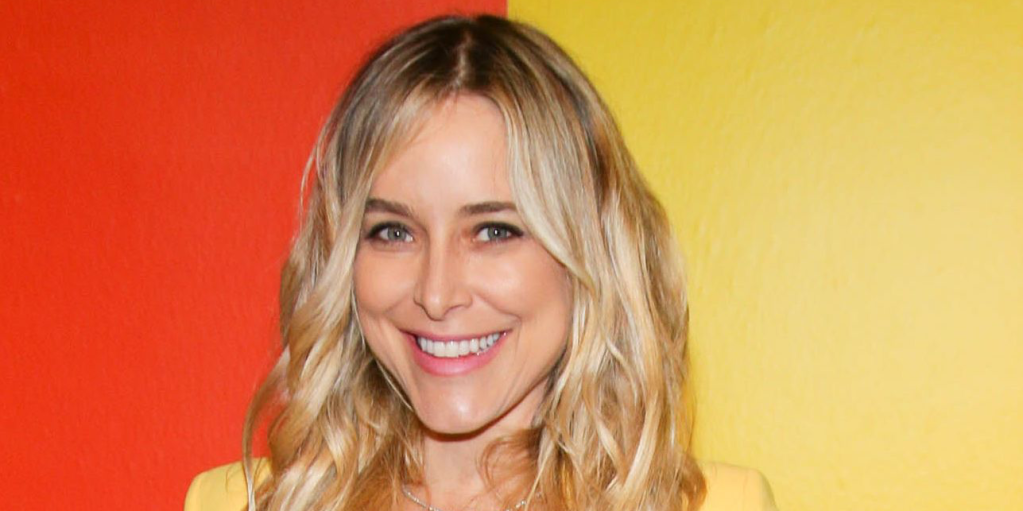 Jenny Mollen Poses Nude to Get Real About C-Section Scars