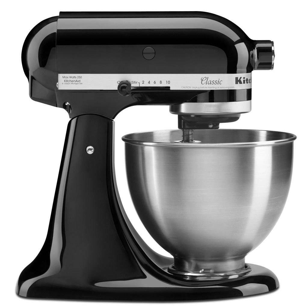 KitchenAid Classic Series Tilt-Head 4.5 Quart Stand Mixer