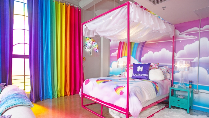 The Hotels.com Lisa Frank Flat