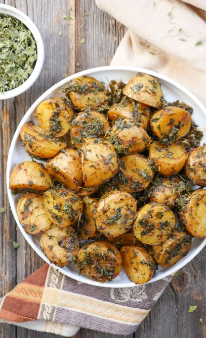 Instant Pot Aloo Methi (Potatoes With Fenugreek Leaves)
