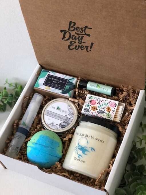 Spa box PeaceOrganics/Etsy