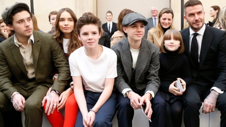 Brooklyn Beckham, Hana Cross, Cruz Beckham,
