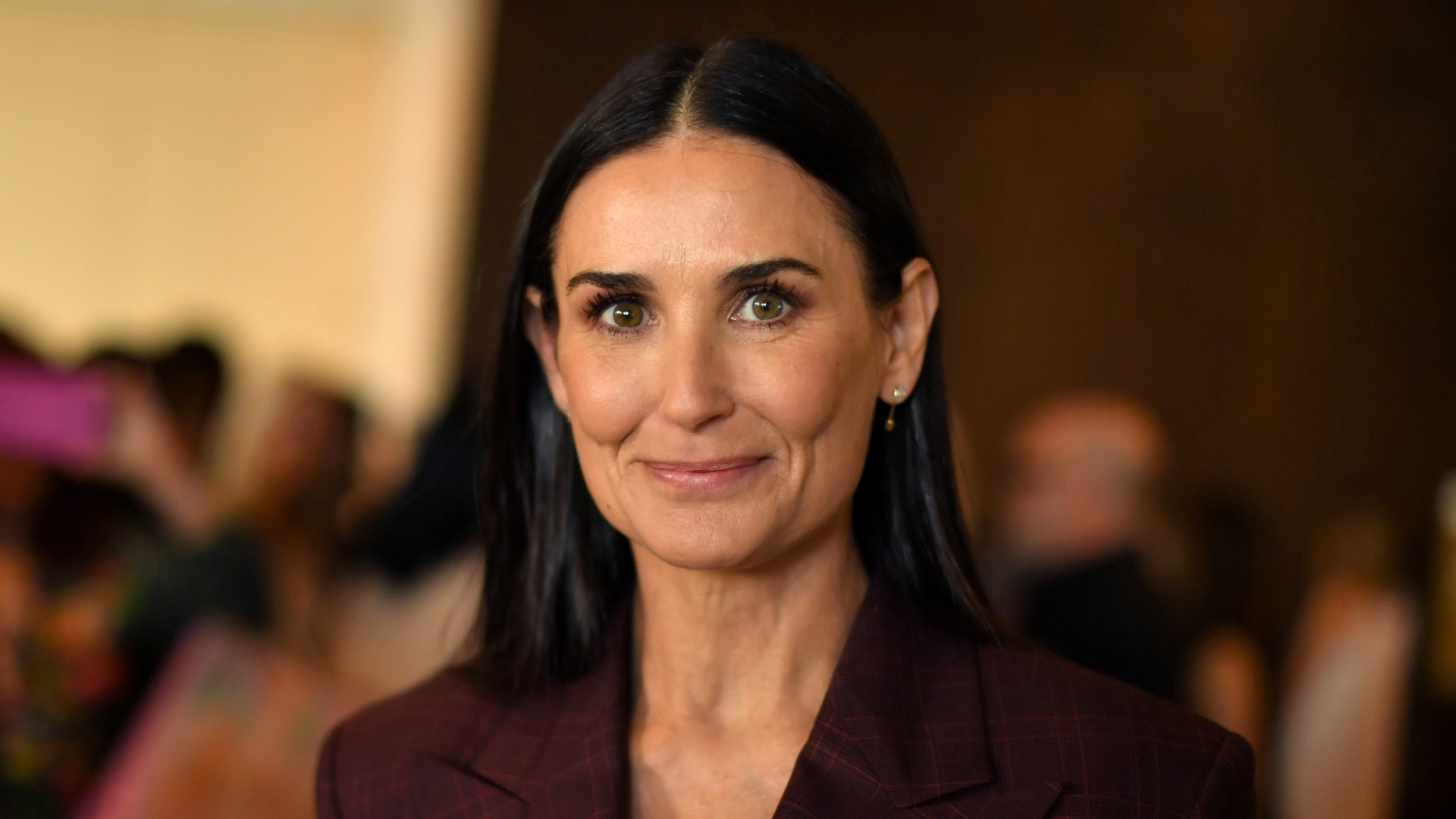 Demi Moore's Daughters Share About Mom's Relapse on 'Red ...